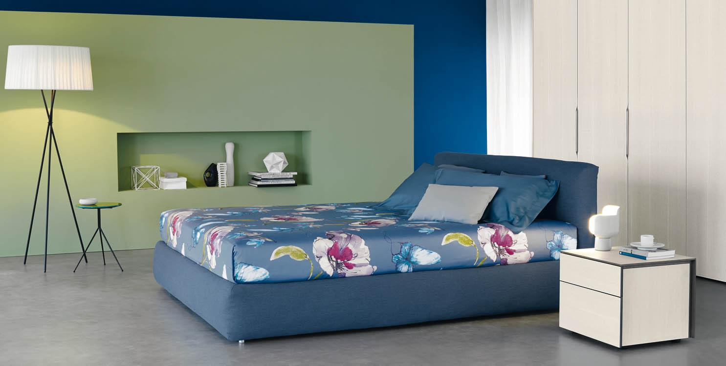 Quanto costa un letto singolo flou design for Rivestire un divano quanto costa